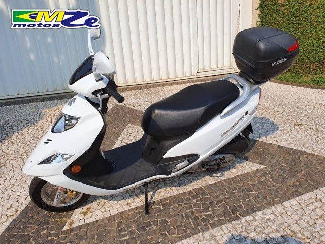 Suzuki Burgman I 125 2019 Branca com 800 km - Foto 9