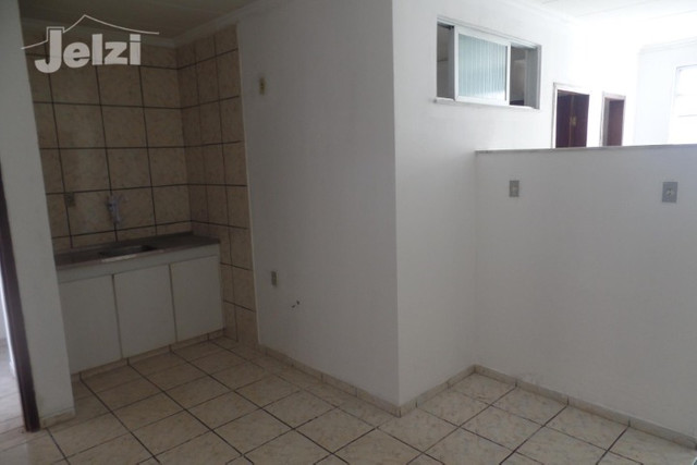 Centro: 1º andar, amplo - Foto 6