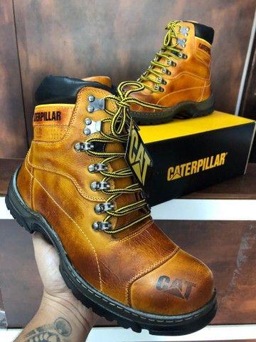 Bota Caterpillar - $260,00 - Foto 3