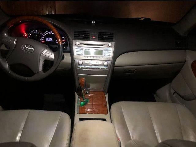 Toyota Camry 3.5 V6 XLE 4p - Foto 6