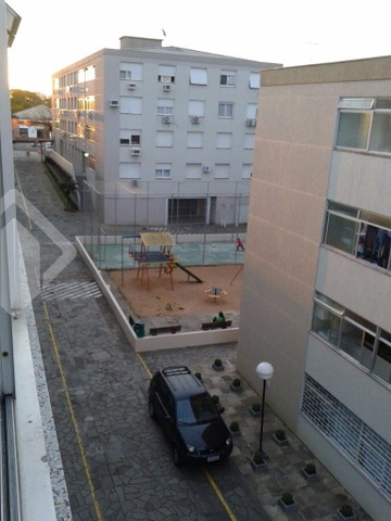 Apartamento à venda com 3 dormitórios em Vila ipiranga, Porto alegre cod:213176