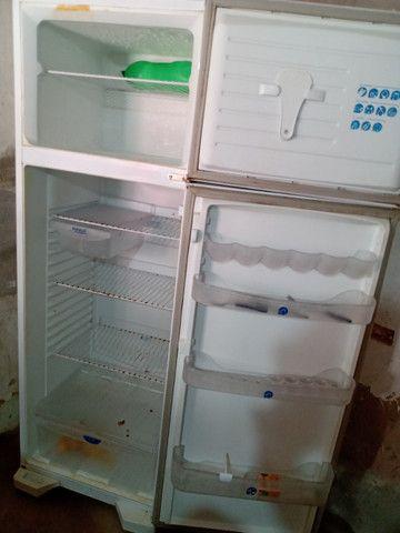 Vendo uma geladeira funcionando perfeitamente - Foto 5