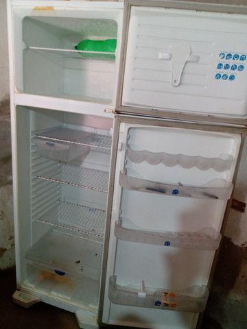 Vendo uma geladeira funcionando perfeitamente - Foto 4