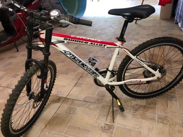 Vendo 2 bicicletas alumínio Aro 26, 18 marchas - Foto 3