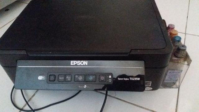 Multifuncional Epson TX235W
