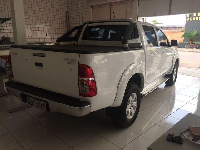 Toyota Hilux 2015/15 completa automatica