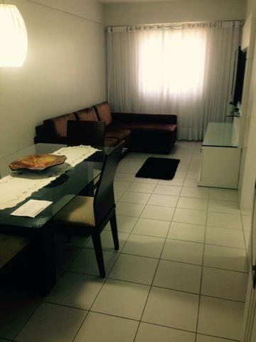 Alugo apartamento com mobília completa