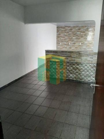 Casa de 2 quartos para locação, 999m2 - Foto 12