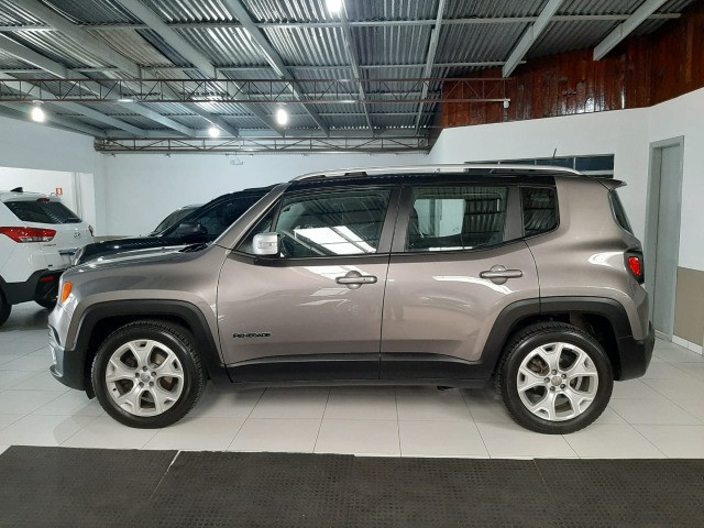 Jeep renegade automática limited 1.8 completo banco de couro único dono garantia fabrica - Foto 5