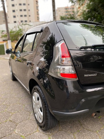 Renault sandero expression 2014 flex completo único dono + pneus novos - Foto 6