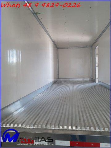Bau refrigerado caminhoes bi truck 16 paletes Mathias Implementos - Foto 7