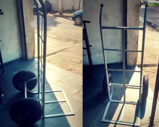 Carrinho para carga (capacidade até 200 kg)