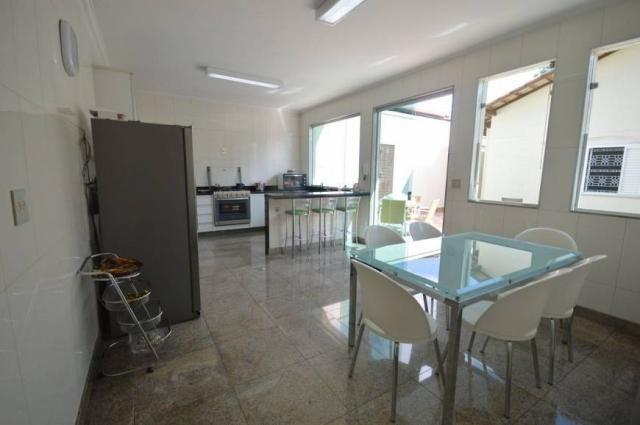Casa à venda, 4 quartos, 4 vagas -242,17 m², Santa Amélia, Belo Horizonte/MG- Códigi 3112 - Foto 17