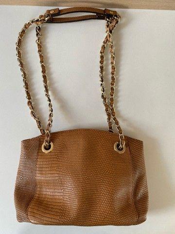 Bolsa Tiracolo com correntes  - Foto 4