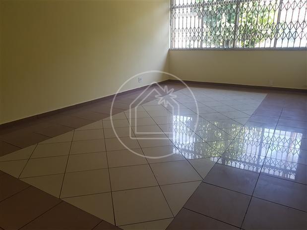 Casa de condomínio à venda com 3 dormitórios cod:834062