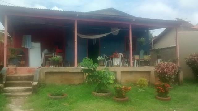 Casa no Bujari