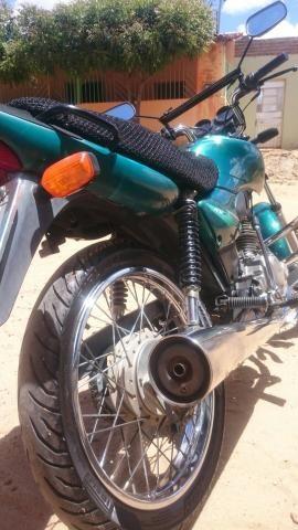 Pra quem quer uma moto velha, barata, mas extra :cg 125 2002