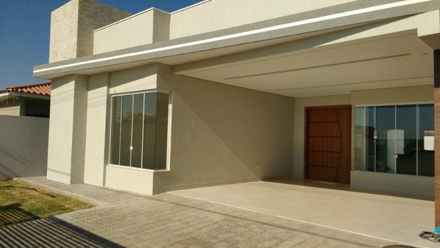 Samuel Pereira oferece: Casa 3 Suites Nova Sobradinho Alto da Boa Vista Financia FGTS
