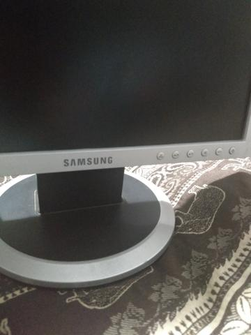 "Monitor Samsung 15 "" - Foto 2"