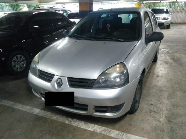 Clio 1.0 2012 / 2012 R$ 13.200,00 + Taxas