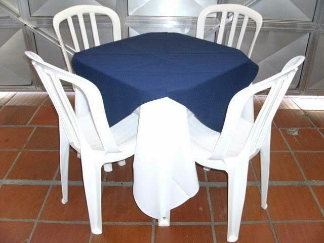 Aluguel 8,00 de mesas e cadeiras