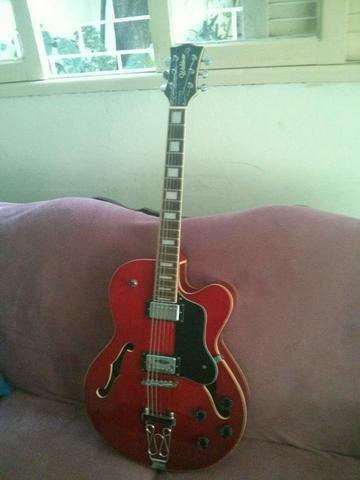 Guitarra Semi-Acústica
