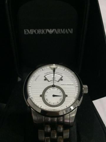 9cad4e21e0f Relógio Empório Armani - Bijouterias