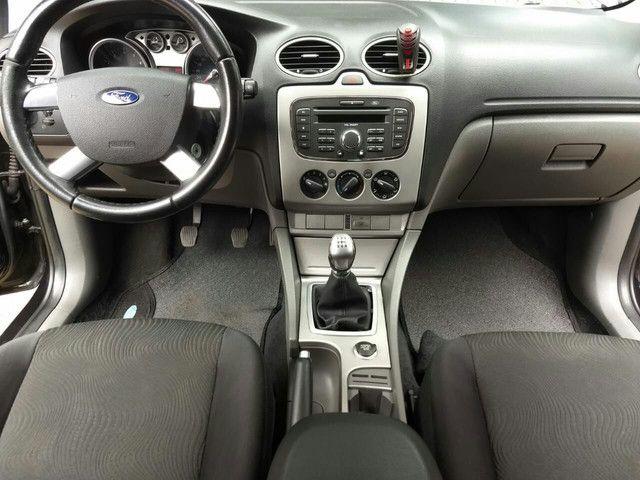 Ford Focus Sedan 2.0 Cambio Mecanico 2010 - Foto 9