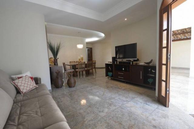 Casa à venda, 4 quartos, 4 vagas -242,17 m², Santa Amélia, Belo Horizonte/MG- Códigi 3112 - Foto 2