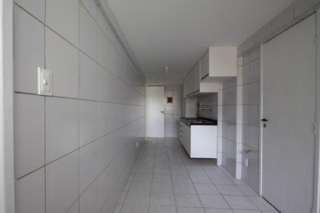 Apartamento com 3 quartos para alugar, 98 m² por R$ 3.330/mês - Boa Viagem - Recife/PE - Foto 18