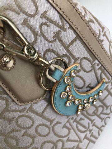 Bolsa Victor Hugo Original com chaveiro  - Foto 3