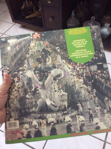 Disco LP vinil Sambas de enredo 94. Aceito cartões de crédito e débito  - Foto 2
