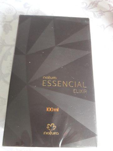 Perfume essencial elixir masculino natura,campo comprido