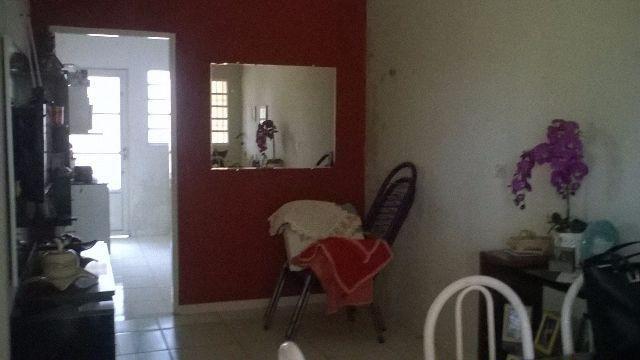 Casa 01 suite 02 qts terreno amplo aceita apto no Flamingos