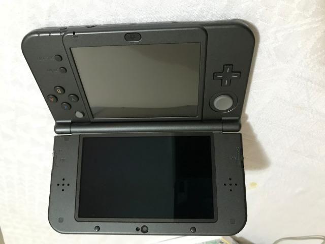 New 3DS XL + Jogos semi novo