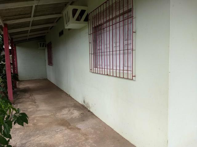 Vendo ou troco Casa e terreno - Valor R$ 120 mil