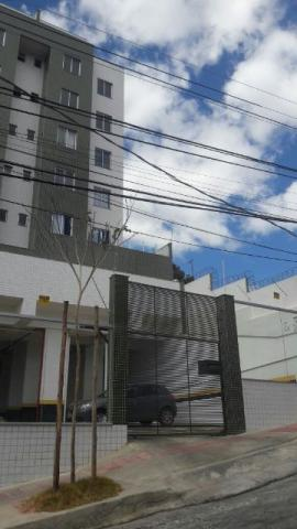 Apartamento com 02 quartos no bairro Colégio Batista - Belo Horizonte
