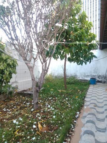 Vendo bela casa localizada em Ponta Negra - Foto 8