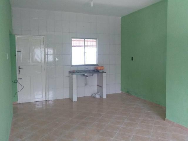 Cactos Centro de Ananindeua 150 metros da BR casas 2/4 em condomínio fechado com laje - Foto 9