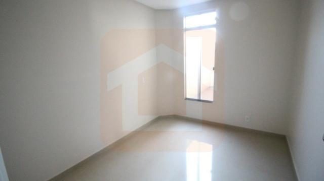 Sobrado - Condomínio Fechado - 3 Qts com Suíte c/ armários na cozinha e cooktop - Foto 12