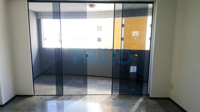 Edifício Florinda Barreira - Apartamento á Venda com 3 quartos, 3 vagas, 150.00m² (AP0086) - Foto 4