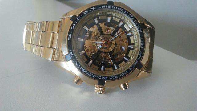93f48556fec Vendo relógio tachymeter automático - Bijouterias