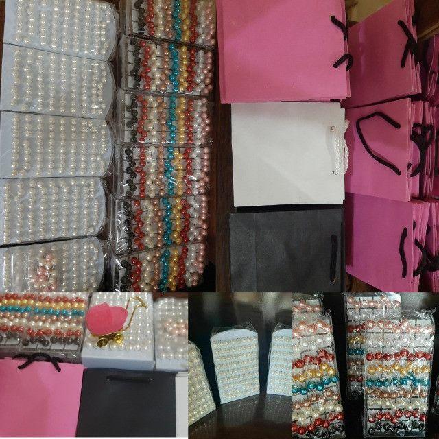 Araxá/ Vendo atacado brincos/ sacolas/ entrega grátis