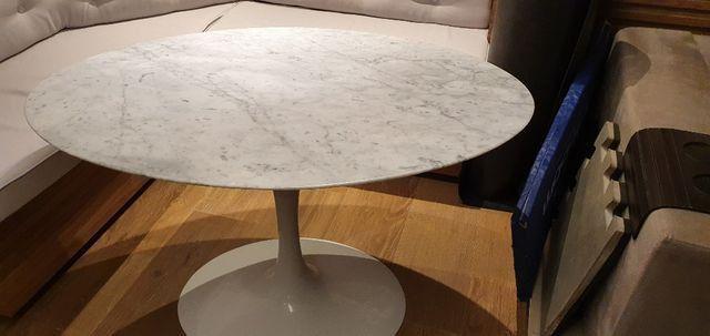 Mesa Saarinen Oval - Carrara 1.20 x 0.80