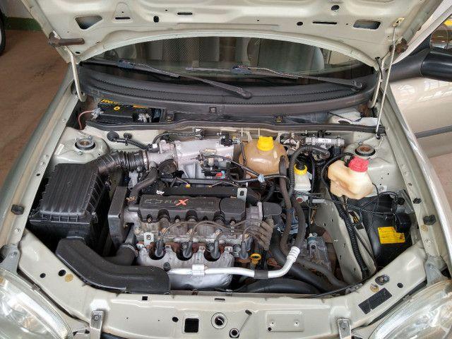 GM Corsa - Foto 10