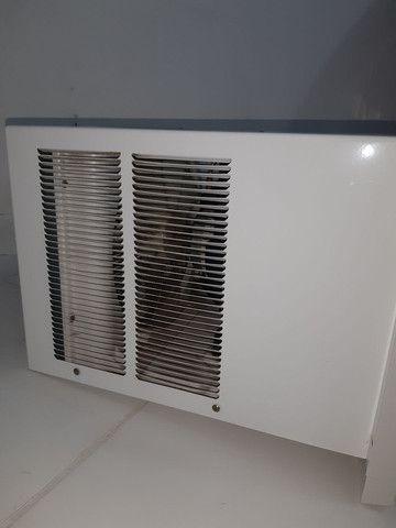 Ar condicionado de janela de 7.500 bitws  - Foto 2