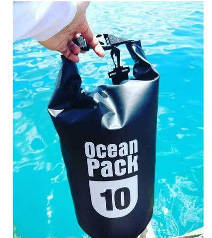 Bolsa Mochila Impermeável Estanque Saco Prova de Água 10 Litros Ocean Pack - Foto 5
