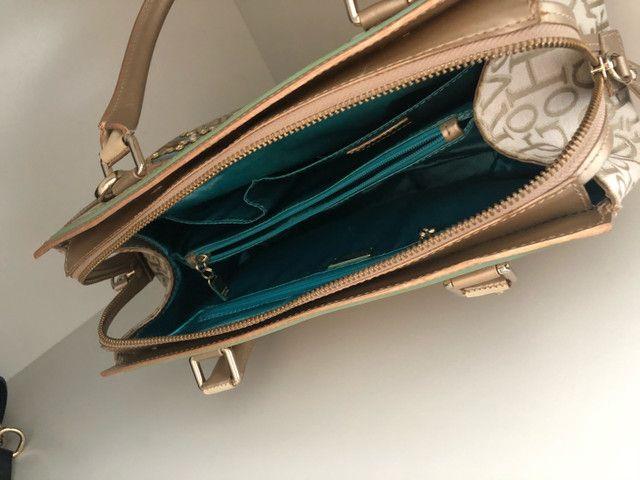 Bolsa Victor Hugo Original com chaveiro  - Foto 4