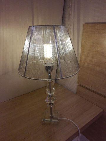 Abajour com base de cristal e cúpula de fios de nylon e lâmpada de led - Foto 4