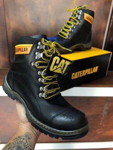 Bota Caterpillar - $260,00
